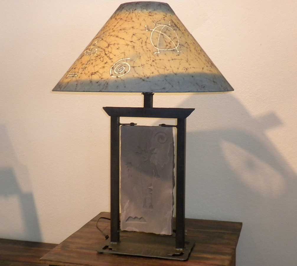 Petro-Rock-Table-Lamp